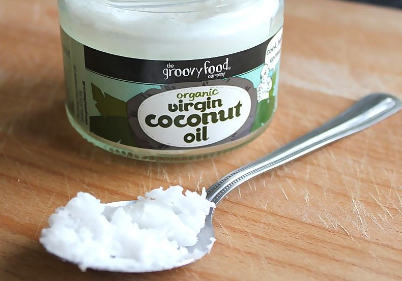 baking soda with coconut oil